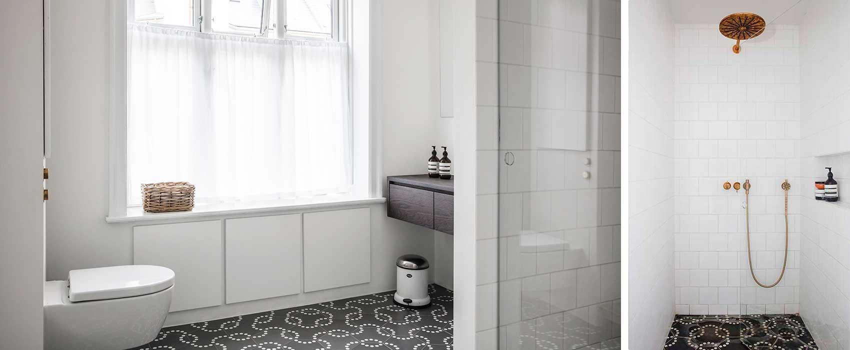 Hvide fliser badeværelse sort Hvide fliser